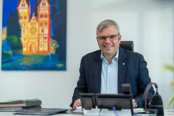 Dr. Marius Hahn - Bürgermeister